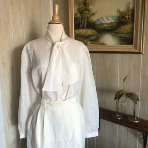 Vintage White Pussybow Blouse